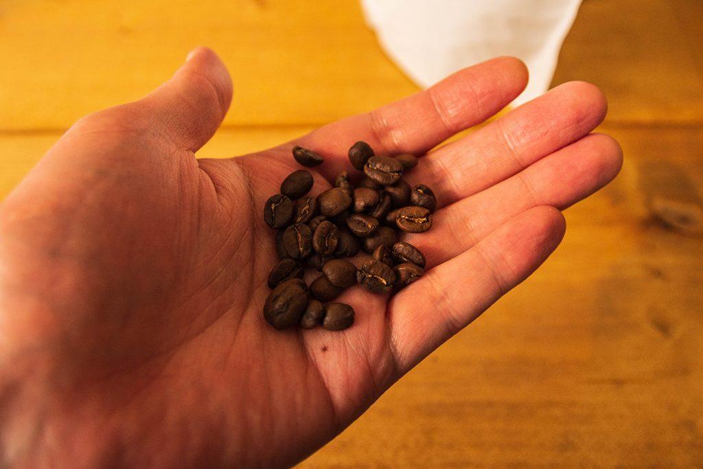 コーヒーソルジャーの豆の煎り具合は浅くもなく深くもなくちょうどよい
