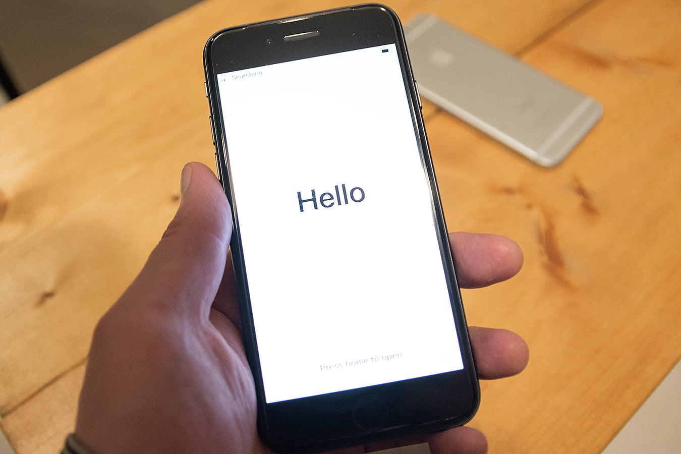 iPhoneSE(第二世代)起動画面